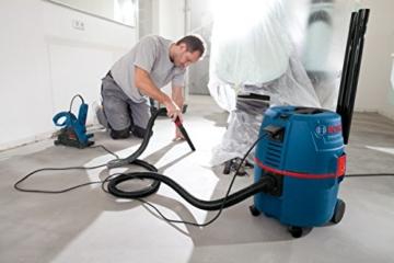 Bosch Professional GAS 20 L SFC Nass-/Trockensauger (20 L Behältervolumen, Staubklasse L) schwarz/blau/rot, 060197B000 -